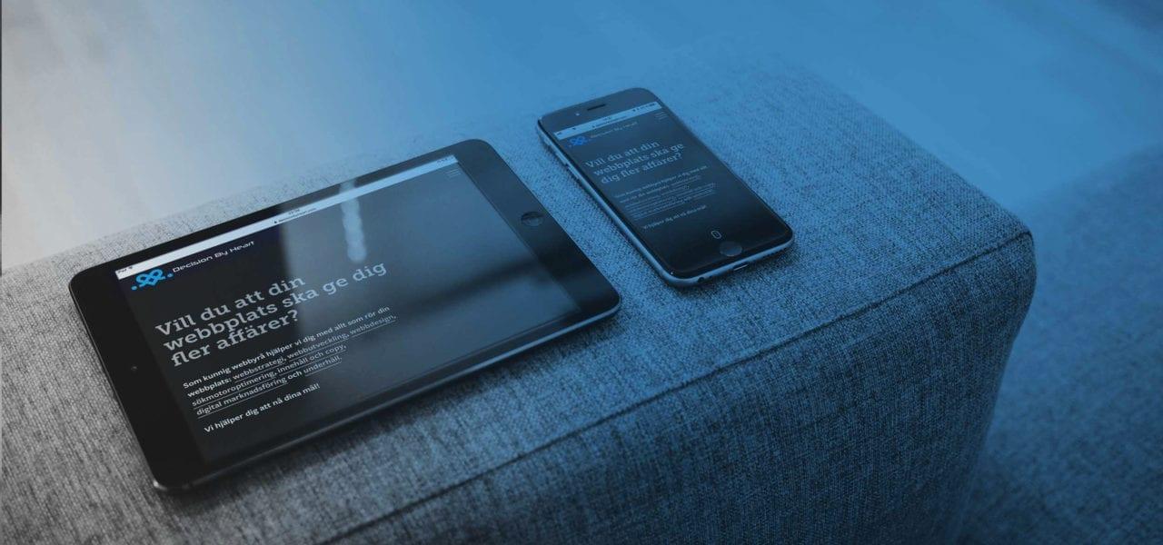 responsiv hemsida - bild på surfplatta och mobil